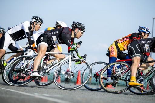 自転車の 自転車 プロチーム 機材 : 月20日「ロードレーサーで華麗 ...